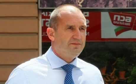 Critici dure ale președintelui Bulgariei la adresa guvernului său: `orice şarlatan poate angaja o armată de trolli semianalfabeţi pentru a discredita`