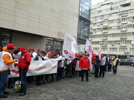 SANITAS suspendă acțiunile de protest programate joi, în urma discuțiilor cu ministrul Muncii