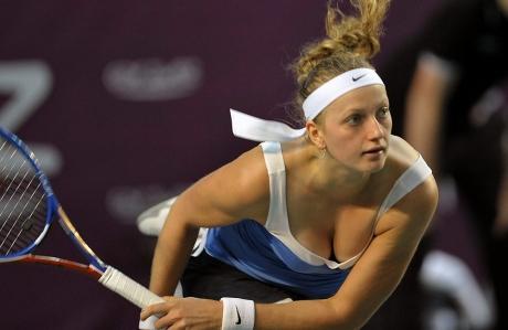 Ghinion TERIBIL pentru Simona Halep: Românca putea redeveni lider mondial, după ce Caroline Wozniacki a fost bătută în semifinalele turneului de la Doha