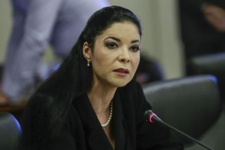 Ana Birchall preia mandatul de ministru interimar al Justiției - Tudorel Toader predă ștafeta