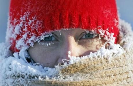 Medicii avertizează: Ce riscă cei care se expun la temperaturile incredibile care vor lovi România