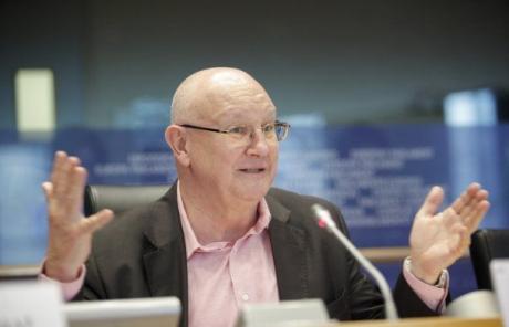 Vicepreședintele Parlamentului European, IRONII la adresa presei după schimbarea mai multor miniștri
