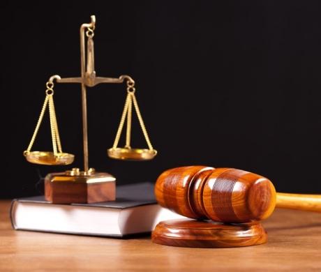 Caz UNIC în justiţia din România: Judecătorii trebuie să tranşeze un partaj matrimonial între două femei