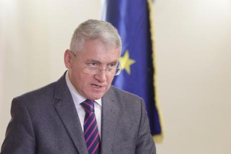 Adrian Țuțuianu: 'Este nevoie de un efort de transfer al imaginii bune a lui Victor Ponta către Pro România'