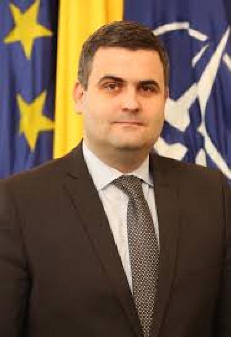 Naţiunile au responsabilitatea principală în cazul contracarării ameninţărilor hibride , a declarat ministrul apărării