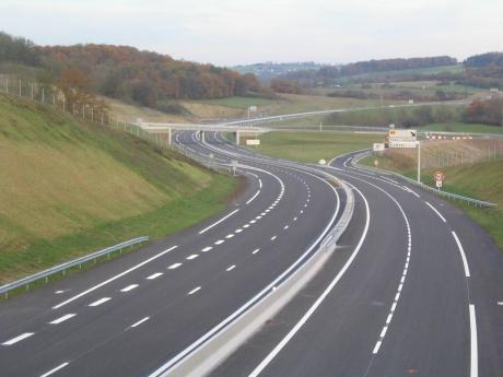 Anunț exploziv al lui Radu Tudor: 'Deși n-are autostrăzi și spitale noi, România e corigentă la fonduri europene'