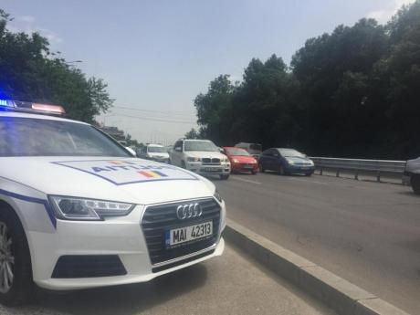 Polițiștii au reținut peste 1.300 de permise în weekend