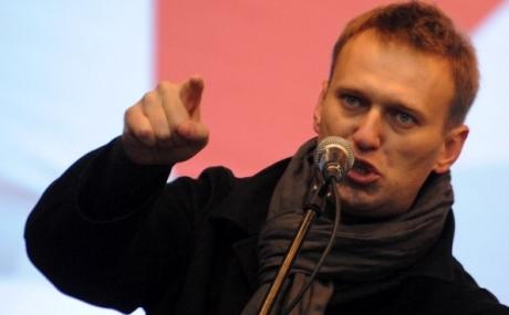 Navalnîi anunţă că a fost reţinut de poliţie