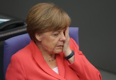 Germania a spart gheața! Angela Merkel, primul lider UE care îl felicită pe Vladimir Putin pentru victoria în Rusia