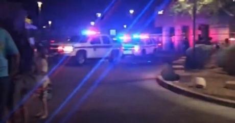 Cel puţin trei răniţi într-un incident armat produs în Statele Unite. Autorul a fost reţinut.