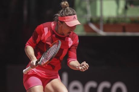 Simona Halep și-a UMILIT adversara în seminifinala de la Cincinnati și joacă finala cu Garbine Muguruza