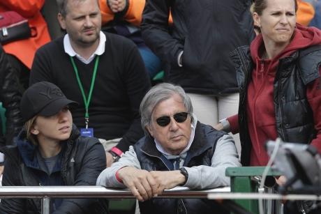 Ilie Năstase o ironizează, din nou, pe Serena Williams și a calculat șansele Simonei Halep la Roland Garros: 'Simona e în creştere, îmi place cum joacă'