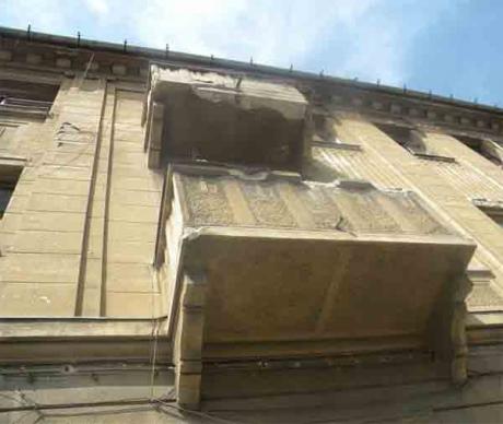 O adolescentă din Oradea a fost recuperată de pompieri  dintr-un apartament în care susţinea că este sechestrată