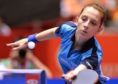 Naţionala feminină de tenis de masă a fost învinsă de Hong Kong în sferturile de finală ale Cupei Mondiale