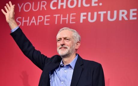 Jeremy Corbyn: 'Guvernul trebuie să elimine perspectiva catastrofei unui Brexit fără acord şi întreg haosul care s-ar produce astfel'