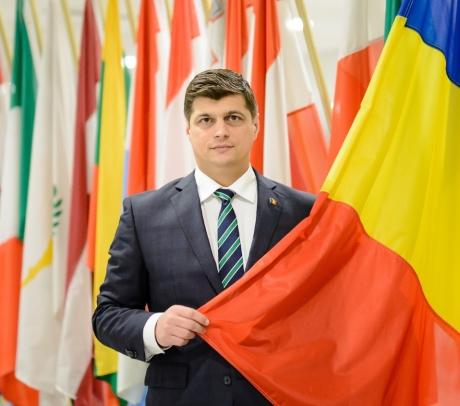 Europarlamentarul Laurențiu Rebega avertizează: România are un  inconștient față de viitorul copiilor