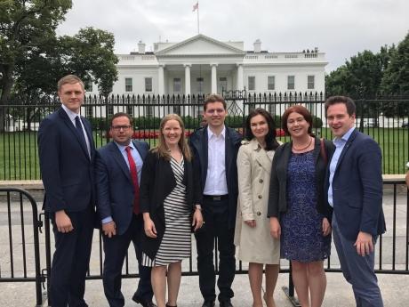 Negrescu - inițiatorul Rețelei politicienilor sub 40 de ani, pentru consolidarea relațiilor UE-SUA