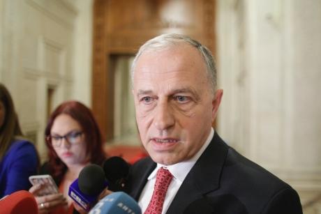 Acuzaţii GRAVE la adresa unui fost şef PSD: 'Geoană, protejat de sistem. Posibil ofiţer acoperit'