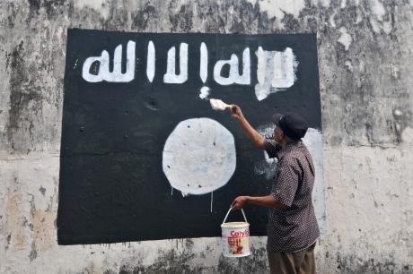 Statul Islamic a ridicat steagul negru în Filipine. În Mindanao e legea marțială