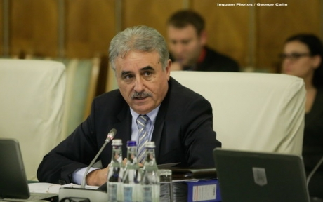 Vicepremierul Viorel Ştefan a fost numit membru al Curţii de Conturi Europene