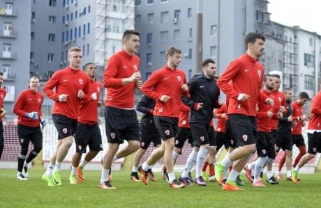 Dinamo se revanșează după ce l-a pierdut pe Bokila: Cine e noul atacant al câinilor