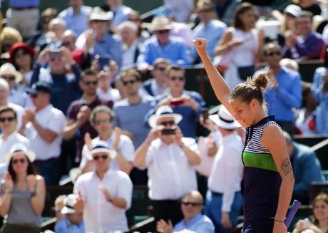 Karolina Pliskova a învins-o pe Serena Williams în primul meci al Turneului Campioanelor