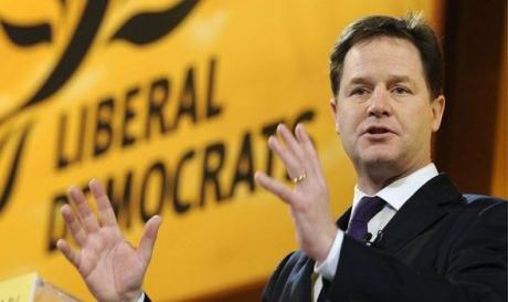 Fostul vicepremier britanic Nick Clegg, angajat de Facebook