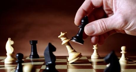 De ce a ales președintele Klaus Iohannis să facă anunțul candidaturii pentru un nou mandat acum? Semnale multiple de joc total/ ANALIZA