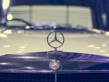 Daimler va construi pentru prima dată maşini Mercedes-Benz în Franţa