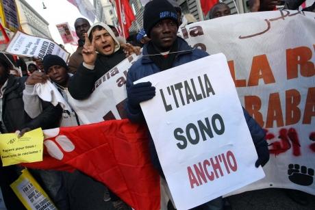 Italia AMÂNĂ până la toamnă o lege controverastă