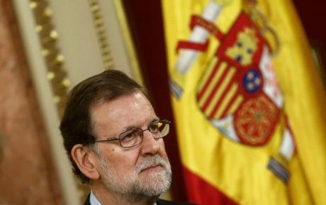 Nebunie totală în Spania: Madridul se pregăteşte să SUSPENDE autonomia Cataloniei