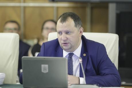 Vicepreșdintele ALDE, Toma Petcu, spune că menţinerea şi suplimentarea MCV înseamnă că intrarea în Schengen este din ce în ce mai departe