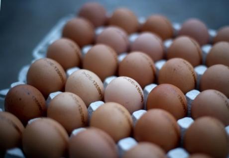 ANSVSA, verificări la sânge înainte de Paști - Au curs sancțiunile la comercianții de ouă