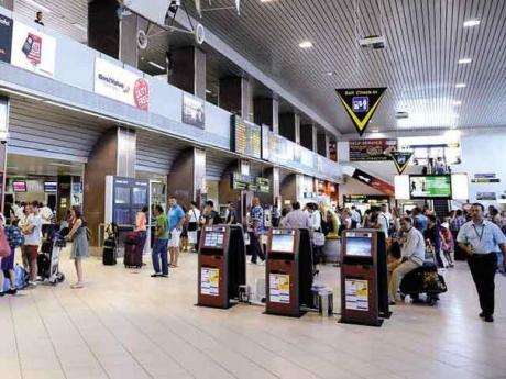 OFICIAL Aeroportul Otopeni are un nou director: numirea a făcut-o Consiliul de administraţie