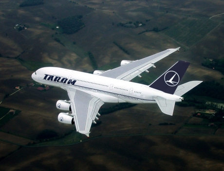 Clipe teribile pentru un celebru primar care s-a aflat în avionul întors la București! Detalii cumplite din timpul incidentului: 'S-a auzit un zgomot'