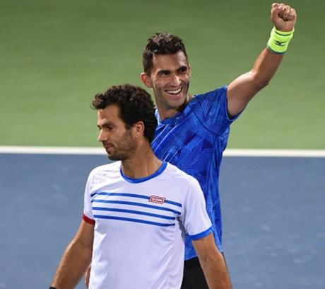 Horia Tecău şi Jean Julien Roger au fost eliminaţi de la Australian Open: Au luat bătaie de la australienii Sam Groth şi Lleyton Hewitt