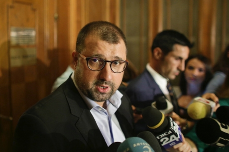 Daniel Dragomir, atac INCENDIAR la adresa PNL: lansează o ipoteză EXPLOZIVĂ