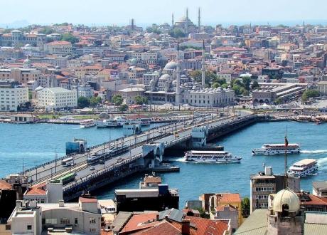 Val de critici la Istanbul după întreruperea interviului televizat al candidatului opoziţiei la primărie