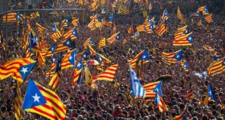 Extremiștii din Catalonia amenință cu încurajarea unei  'insubordonări civice masive'