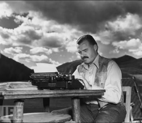 O scrisoare din 1935 a lui Ernest Hemingway a fost adjudecată pentru 28.000 de dolari