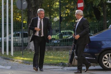 Tudose, despre discuțiile pe amnistie cu Dragnea: Băi, o poză cu lupul n-ai?