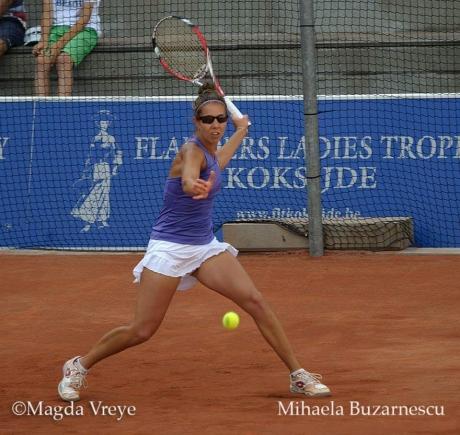 După ce a ratat calificarea în finala de simplu, Mihaela Buzărnescu a ajuns în cea de de dublu, la Strasbourg, alături de Raluca Olaru