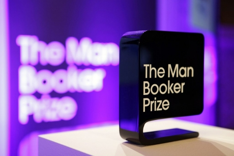 Scriitorul american George Saunders a câştigat premiul Man Booker pe 2017