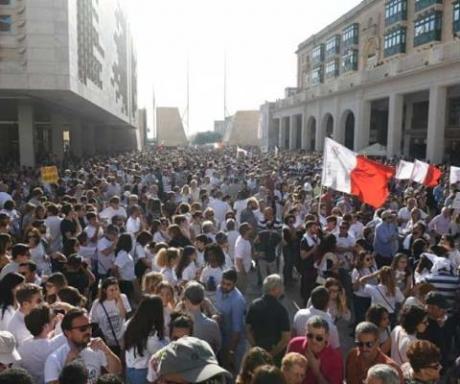 Proteste impresionante în Malta, după uciderea jurnalistei Daphne Caruana Galizia / VIDEO
