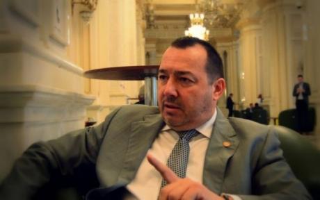 Deputatul 'Mitralieră' ŞOCHEAZĂ din nou: Cătălin Rădulescu vrea DEZINCRIMINAREA abuzului în serviciu