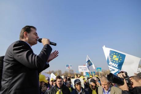 PROBLEME în PNL: Stabilirea candidaților la europarlamentare a fost AMÂNATĂ din cauza unor 'SITUAȚII SPECIALE'