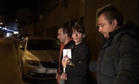 HALUCINANT Ce au pățit poliţiştii când au prins-o pe criminala de la metrou: 'A trebuit să îi imobilizăm mâinile'