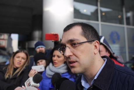 HALUCINANT Vlad Voiculescu, candidatul PLUS la Primăria București: 'Data de 7 iunie nu ar fi potrivită, sunt Rusaliile'