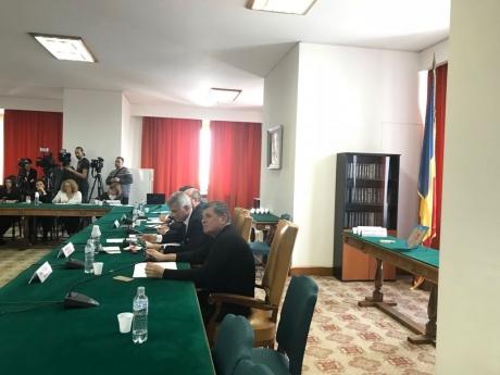 CIRC în Parlament, la audierile ministrului de Finanțe: scandal între un deputat USR și Comisia Economică