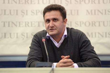 George Cosac nu va mai candida pentru conducerea Federației Române de Tenis, în cazul în care candidează Ion Țiriac